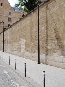 Wall_Le Bateau Ivre_Paris
