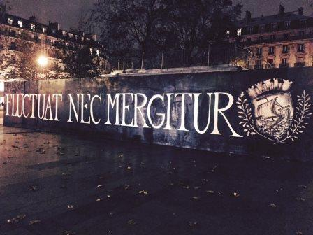FLUCTUAT_NEC_MERGITUR_Paris_Place de la République 11.14.2015